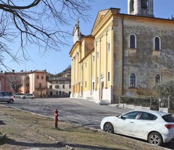 Cavaion - piazza della Chiesa